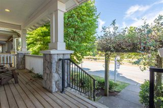 Photo 3: 9376 SINGH Street in Langley: Fort Langley House for sale : MLS®# R2291593