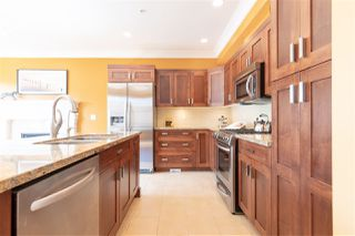 Photo 8: 9376 SINGH Street in Langley: Fort Langley House for sale : MLS®# R2291593