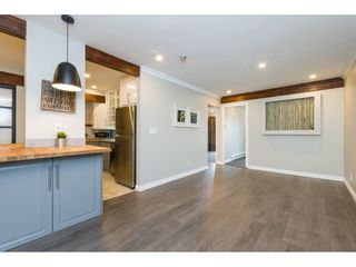 "Photo 3: 305 1341 GEORGE Street: White Rock Condo for sale in ""OCEANVIEW"" (South Surrey White Rock)  : MLS®# R2296394"