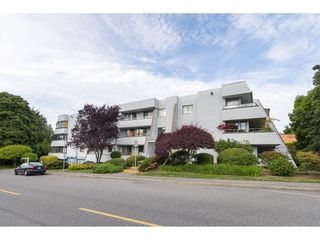 "Photo 2: 305 1341 GEORGE Street: White Rock Condo for sale in ""OCEANVIEW"" (South Surrey White Rock)  : MLS®# R2296394"