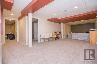 Photo 18: 153 Gobert Crescent in Winnipeg: River Park South Residential for sale (2F)  : MLS®# 1823677