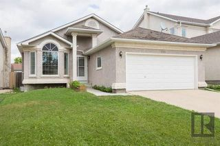 Photo 1: 153 Gobert Crescent in Winnipeg: River Park South Residential for sale (2F)  : MLS®# 1823677