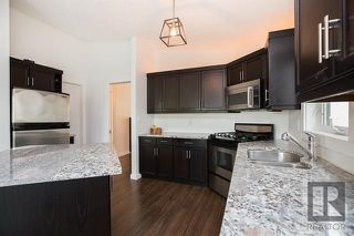 Photo 6: 153 Gobert Crescent in Winnipeg: River Park South Residential for sale (2F)  : MLS®# 1823677