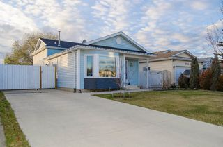 Main Photo: 3312 42A Street in Edmonton: Zone 29 House for sale : MLS®# E4134306