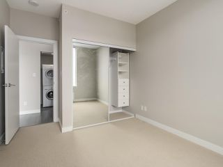 "Photo 19: 801 488 SW MARINE Drive in Vancouver: Marpole Condo for sale in ""MARINE GATEWAY"" (Vancouver West)  : MLS®# R2329248"