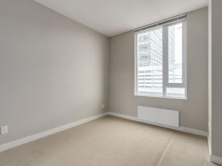 "Photo 16: 801 488 SW MARINE Drive in Vancouver: Marpole Condo for sale in ""MARINE GATEWAY"" (Vancouver West)  : MLS®# R2329248"