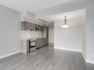 "Photo 7: 801 488 SW MARINE Drive in Vancouver: Marpole Condo for sale in ""MARINE GATEWAY"" (Vancouver West)  : MLS®# R2329248"