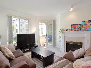 "Photo 1: 211 360 E 36TH Avenue in Vancouver: Main Condo for sale in ""MAGNOLIA GATE"" (Vancouver East)  : MLS®# R2338293"