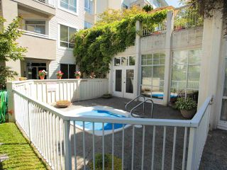 "Photo 12: 211 360 E 36TH Avenue in Vancouver: Main Condo for sale in ""MAGNOLIA GATE"" (Vancouver East)  : MLS®# R2338293"