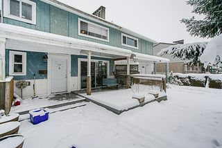 "Photo 2: 1391 EASTERN Drive in Port Coquitlam: Mary Hill Townhouse for sale in ""Mary Hill Gardens"" : MLS®# R2343522"