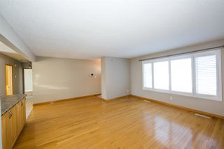 Photo 4: 11719 43 Avenue in Edmonton: Zone 16 House for sale : MLS®# E4145394