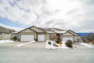 "Main Photo: 117 8590 SUNRISE Drive in Chilliwack: Chilliwack Mountain Townhouse for sale in ""MAPLE HILLS"" : MLS®# R2346263"