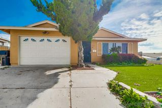 Photo 2: ENCANTO House for sale : 4 bedrooms : 5621 Zircon in San Diego