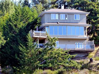 Main Photo: 37191 Schooner Way in PENDER ISLAND: GI Pender Island Single Family Detached for sale (Gulf Islands)  : MLS®# 406781