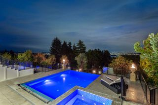 Photo 3: 1421 BRAMWELL Road in West Vancouver: Chartwell House for sale : MLS®# R2355453