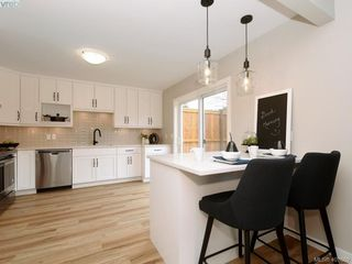 Photo 8: 2944 Robalee Place in VICTORIA: La Goldstream Half Duplex for sale (Langford)  : MLS®# 407689
