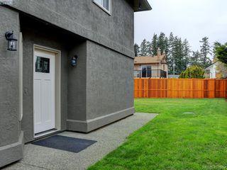 Photo 2: 2944 Robalee Place in VICTORIA: La Goldstream Half Duplex for sale (Langford)  : MLS®# 407689