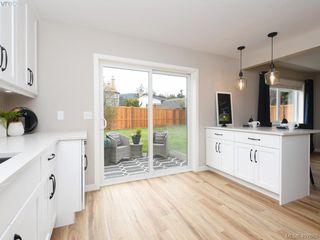 Photo 11: 2944 Robalee Place in VICTORIA: La Goldstream Half Duplex for sale (Langford)  : MLS®# 407689