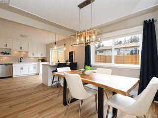 Photo 6: 2944 Robalee Place in VICTORIA: La Goldstream Half Duplex for sale (Langford)  : MLS®# 407689