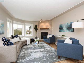 Photo 3: 2944 Robalee Place in VICTORIA: La Goldstream Half Duplex for sale (Langford)  : MLS®# 407689