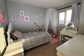 Photo 14: 161 HAWKS RIDGE Boulevard NW in Edmonton: Zone 59 House Half Duplex for sale : MLS®# E4151128