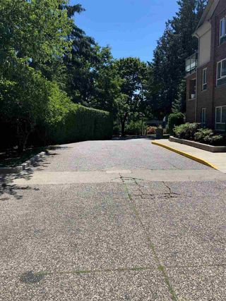 """Photo 14: 2002 7077 BERESFORD Street in Burnaby: Highgate Condo for sale in """"CITY CLUB IN THE PARK"""" (Burnaby South)  : MLS®# R2359684"""