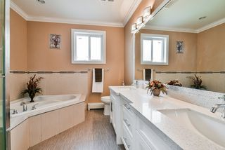 Photo 12: 1190 PRAIRIE Avenue in Port Coquitlam: Birchland Manor House for sale : MLS®# R2359993