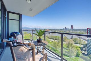 """Photo 2: 1303 188 AGNES Street in New Westminster: Downtown NW Condo for sale in """"ELLIOTT STREET"""" : MLS®# R2361561"""