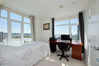 """Photo 7: 1303 188 AGNES Street in New Westminster: Downtown NW Condo for sale in """"ELLIOTT STREET"""" : MLS®# R2361561"""