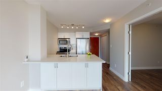 "Photo 3: 1102 2763 CHANDLERY Place in Vancouver: Fraserview VE Condo for sale in ""THE RIVERDANCE"" (Vancouver East)  : MLS®# R2368823"