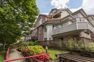 "Main Photo: 206 1668 GRANT Avenue in Port Coquitlam: Glenwood PQ Condo for sale in ""Glenwood Terrace"" : MLS®# R2370753"