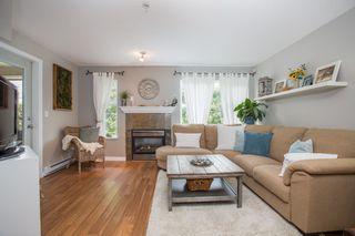 "Photo 3: 206 1668 GRANT Avenue in Port Coquitlam: Glenwood PQ Condo for sale in ""Glenwood Terrace"" : MLS®# R2370753"