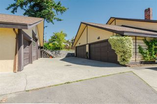 "Photo 20: 15071 BUENA VISTA Avenue: White Rock House 1/2 Duplex for sale in ""WHITE ROCK HILLSIDE"" (South Surrey White Rock)  : MLS®# R2372638"