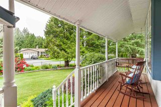 "Photo 2: 4548 SOUTHRIDGE Crescent in Langley: Murrayville House for sale in ""Murrayville"" : MLS®# R2375830"