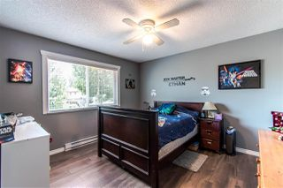 Photo 9: 6059 BROOKS Crescent in Surrey: Cloverdale BC House for sale (Cloverdale)  : MLS®# R2377690