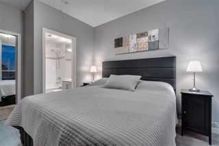 """Photo 11: 2306 928 RICHARDS Street in Vancouver: Yaletown Condo for sale in """"THE SAVOY"""" (Vancouver West)  : MLS®# R2379612"""