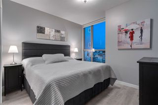 """Photo 10: 2306 928 RICHARDS Street in Vancouver: Yaletown Condo for sale in """"THE SAVOY"""" (Vancouver West)  : MLS®# R2379612"""