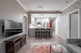 """Photo 3: 2306 928 RICHARDS Street in Vancouver: Yaletown Condo for sale in """"THE SAVOY"""" (Vancouver West)  : MLS®# R2379612"""