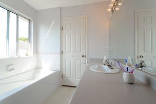 Photo 16: 5711 ROWLING Place in Richmond: Hamilton RI House for sale : MLS®# R2380169