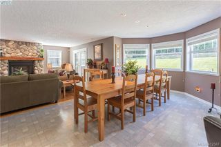 Photo 16: 11000 Inwood Rd in NORTH SAANICH: NS Curteis Point Single Family Detached for sale (North Saanich)  : MLS®# 818154