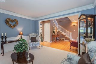 Photo 11: 11000 Inwood Rd in NORTH SAANICH: NS Curteis Point Single Family Detached for sale (North Saanich)  : MLS®# 818154