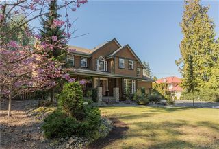 Photo 1: 11000 Inwood Rd in NORTH SAANICH: NS Curteis Point Single Family Detached for sale (North Saanich)  : MLS®# 818154
