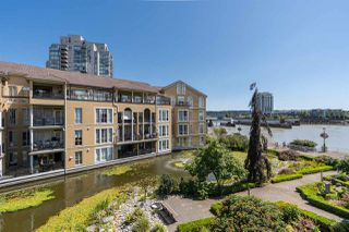 """Photo 17: 310 2 RENAISSANCE Square in New Westminster: Quay Condo for sale in """"The Lido"""" : MLS®# R2391411"""
