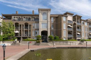 """Photo 1: 310 2 RENAISSANCE Square in New Westminster: Quay Condo for sale in """"The Lido"""" : MLS®# R2391411"""