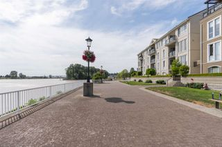"""Photo 20: 310 2 RENAISSANCE Square in New Westminster: Quay Condo for sale in """"The Lido"""" : MLS®# R2391411"""