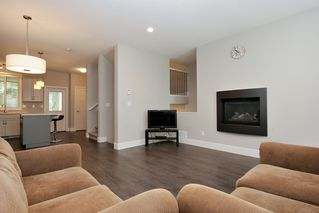 """Photo 3: 12 1640 MACKAY Crescent: Agassiz Townhouse for sale in """"THE LANGTRY"""" : MLS®# R2410185"""