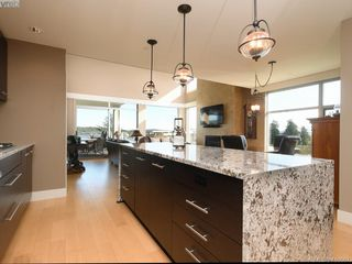 Photo 9: 401 3234 Holgate Lane in VICTORIA: Co Lagoon Condo Apartment for sale (Colwood)  : MLS®# 416667
