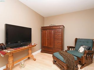 Photo 17: 401 3234 Holgate Lane in VICTORIA: Co Lagoon Condo Apartment for sale (Colwood)  : MLS®# 416667