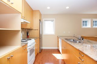 Photo 14: Master on Main in Detached Townhome in Sidney