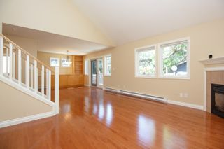 Photo 8: Master on Main in Detached Townhome in Sidney